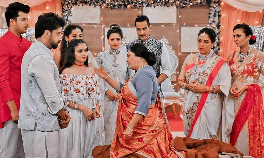 Anupamaa: Nandini's shocking revelation; Baa calls off the engagement