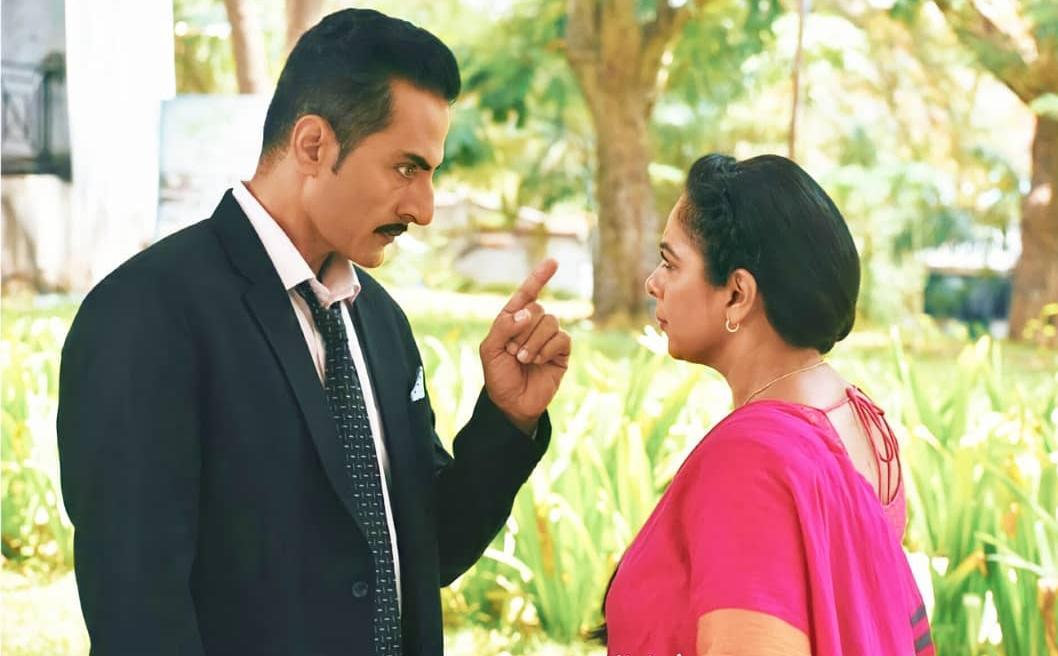 Anupamaa: Vanraj questions about Anupama-Advait relationship; Anupama lashes at him