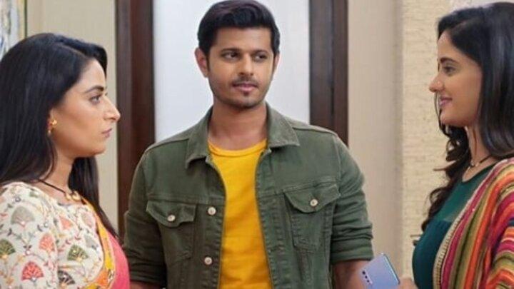 GHKKPM: Pakhi is successful in parting away Virat-Sai